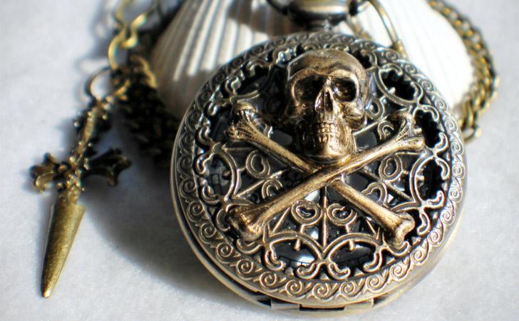 Skull And Cross Bones Pocket Watch