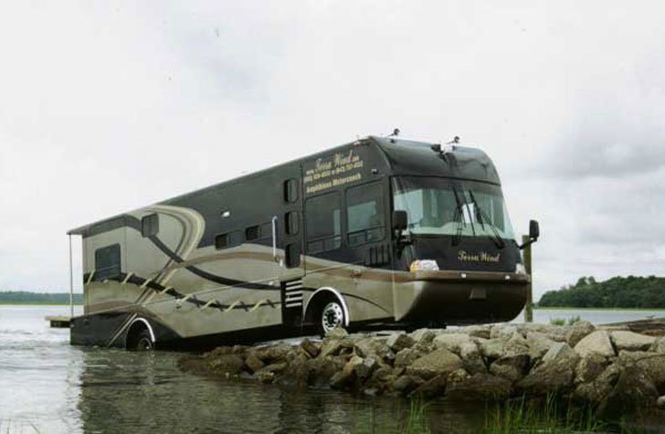 Terra Wind Amphibious RV