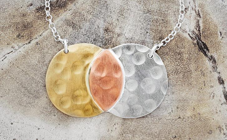 The Me & You Venn Necklace