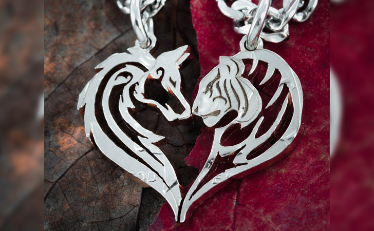 Wolf & Tiger Couples Necklace Set - Matching Necklaces For Couples