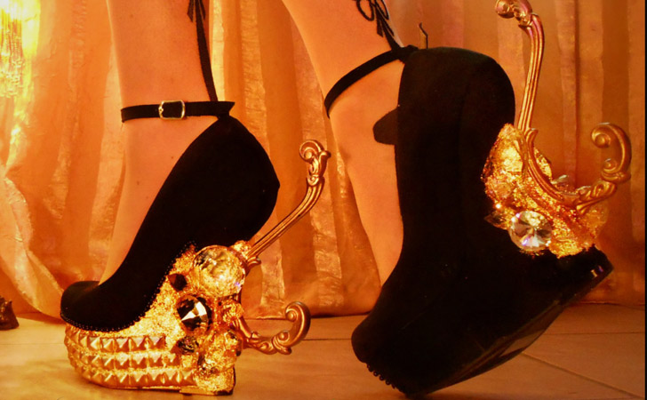 "Anti-gravity ""Royalty"" Curved Gold Leaf Wedges"