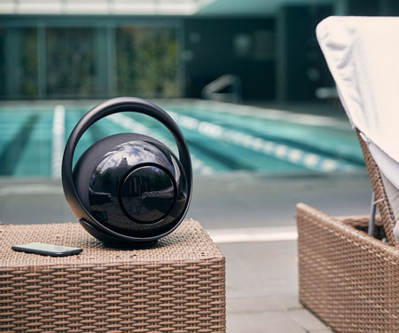 Belle: Premium portable Bluetooth Speaker Hub