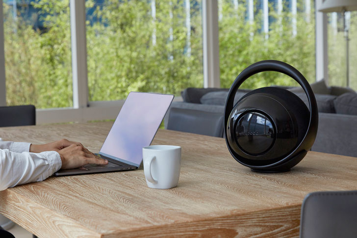Belle: Premium portable Bluetooth Speaker Hub