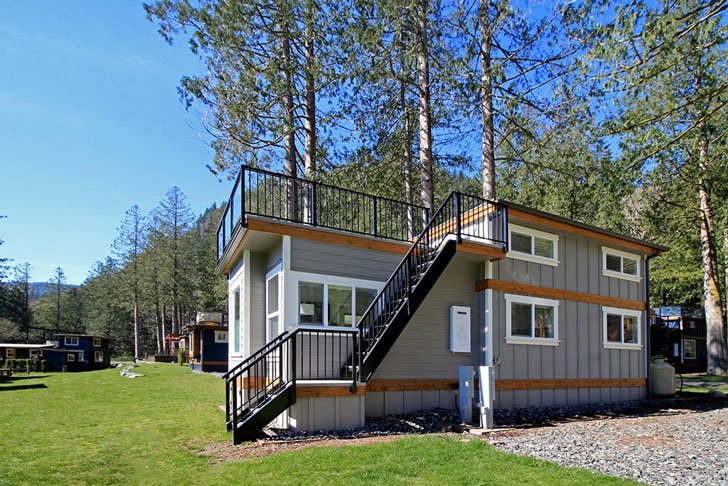 Bellevue West Coast Shipping Container Homes 2