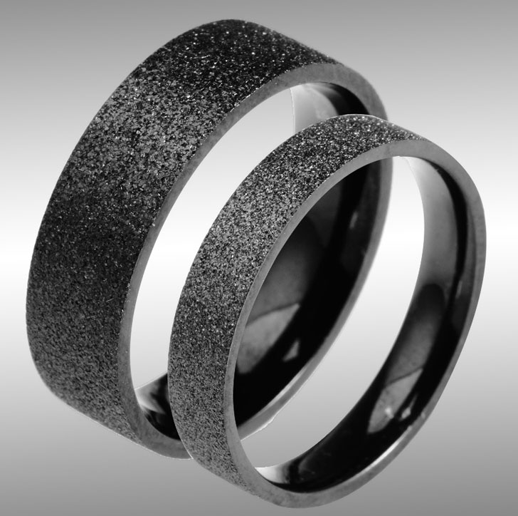 Black Titanium Pearl Sand Couple Rings