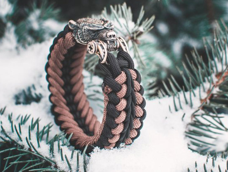 Brown Bear Paracord Bracelet