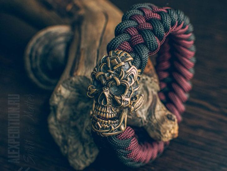 Exclusive Bronze Buckle Skull Paracord Bracelet