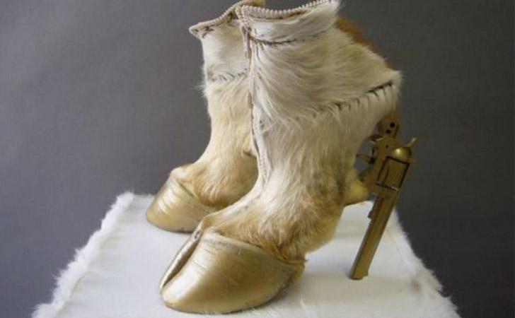 Gun Hoof Shoes - weird shoes