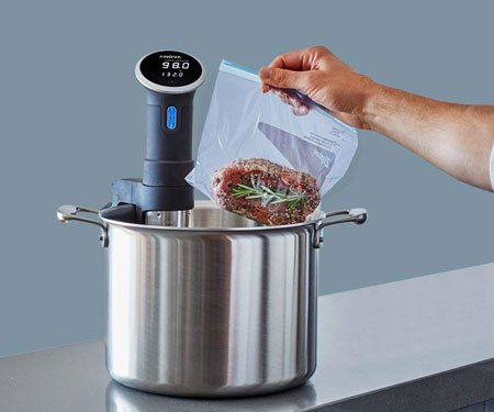 Nise Wave: Sous Vide Cooking Device