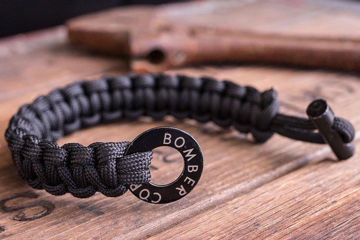 Original Bomber firestarting paracord bracelet