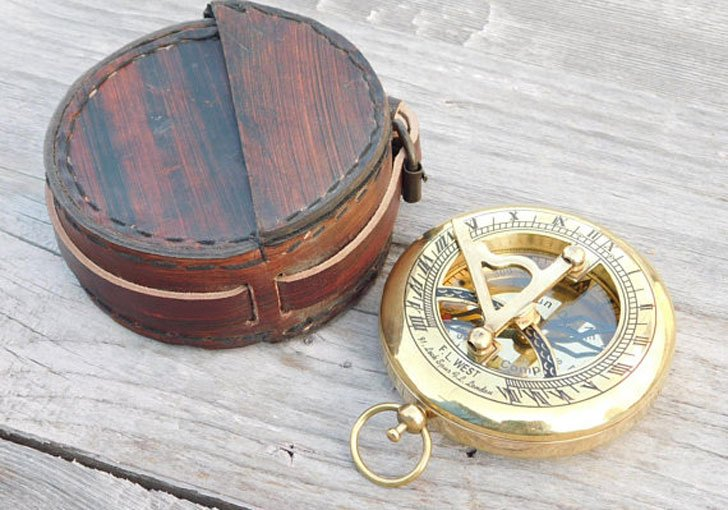 Personalized Message Nautical Sundial Compasses