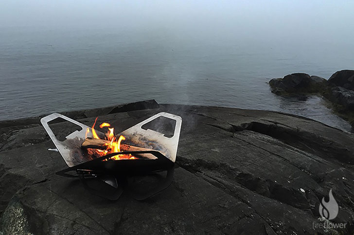 Portable Flat-Pack Fire Pit And Grill