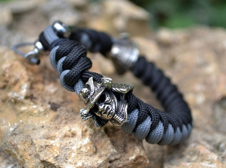 40 Best Paracord Bracelets And Cool Survival Bracelets Awesome
