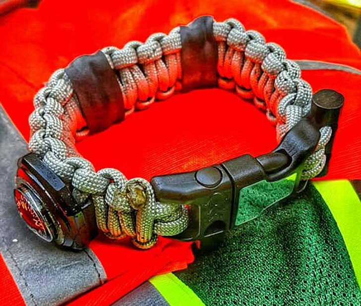 Search & Rescue paracord Bracelet