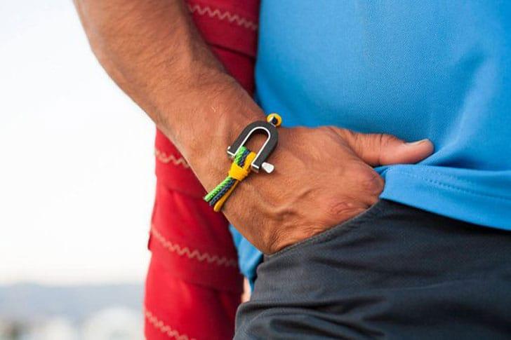 Shackle Shaped Nautical Sailing Paracord Bracelet
