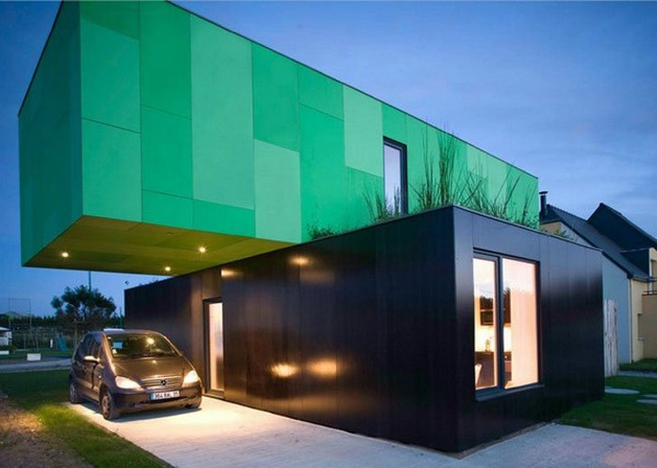 The 4-piece Cross Box Residence