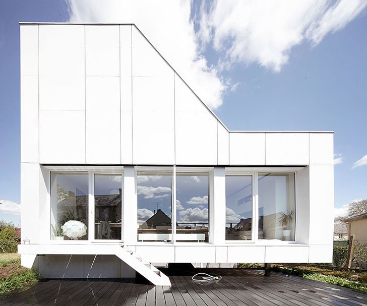 The Flying Box by 2A Design