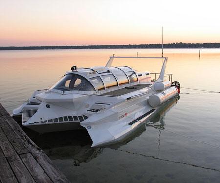 The Hyper-Sub Speedboat/Submarine
