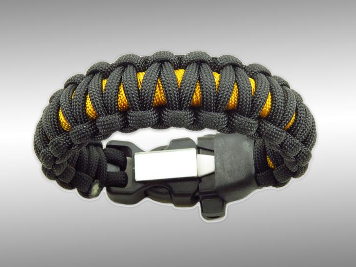 Wazoo Survival Gear Minimalist Survivalist Bracelet