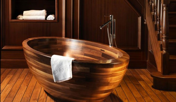 Wooden Boat Bathtub - cool bathtubs