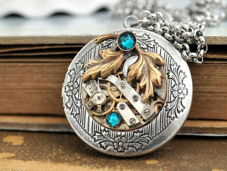 Antiqued Silver Steampunk Locket Necklace