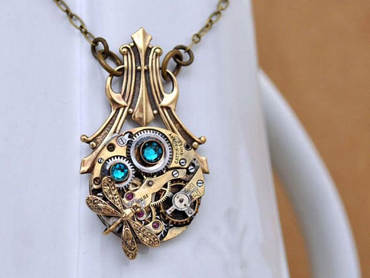 Are Deco Steampunk Necklace