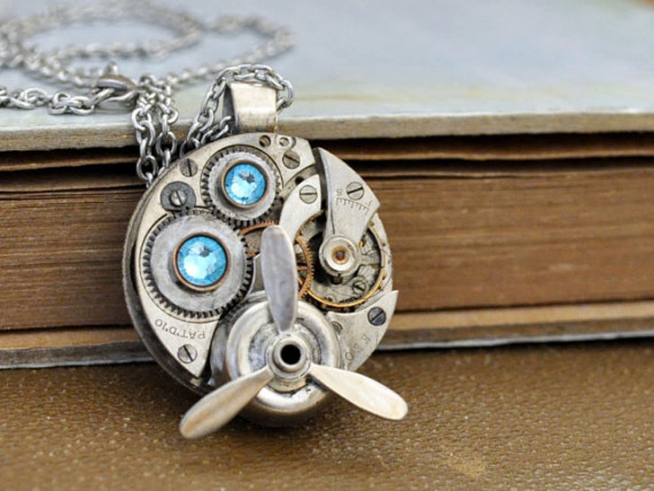 Aviation Style Steampunk Necklace