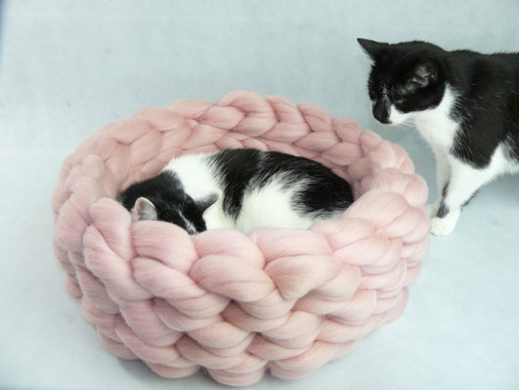 Chunky Merino Knit Cat Beds