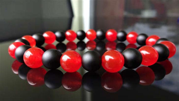 Genuine Red Jade and Onyx Men's Beaded Bracelet