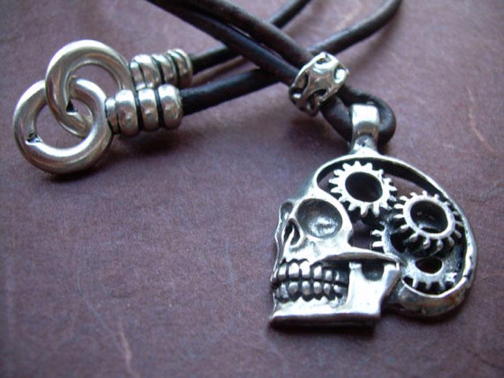 Minimalist Cog and Gears Steampunk Skull Pendants