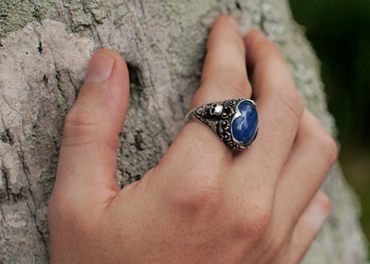 """Sterling Silver Kyanite """"Elysium"""" Skull Ring"""