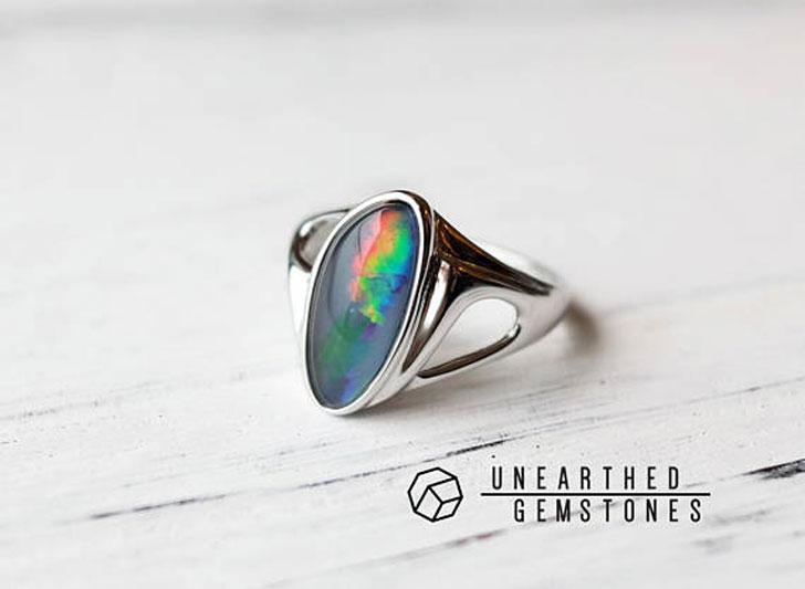 Stylish Men's Modernist Opal Ring