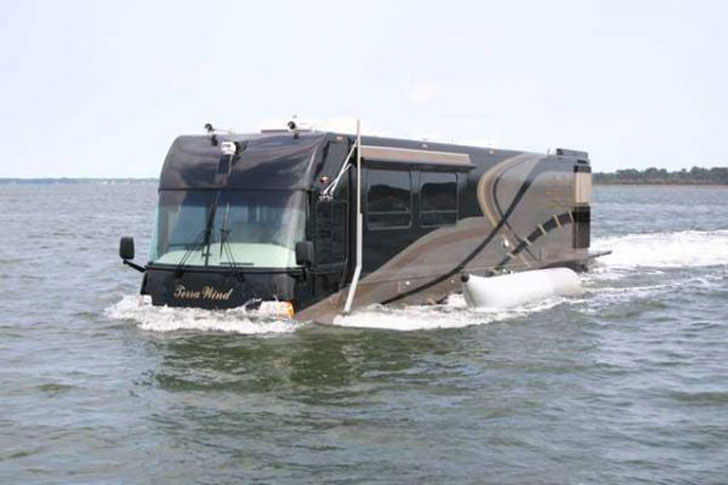The Terra Wind Amphibious RV - Amphibious Vehicles