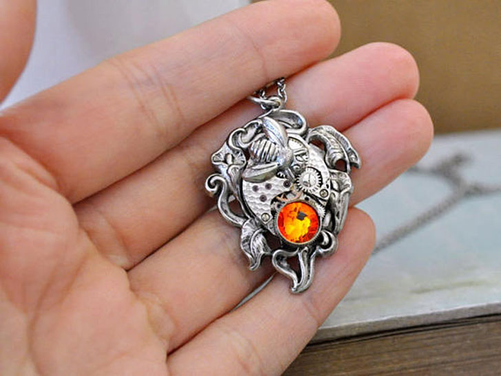 Time Traveller Silver Bumble Bee Steampunk Necklace