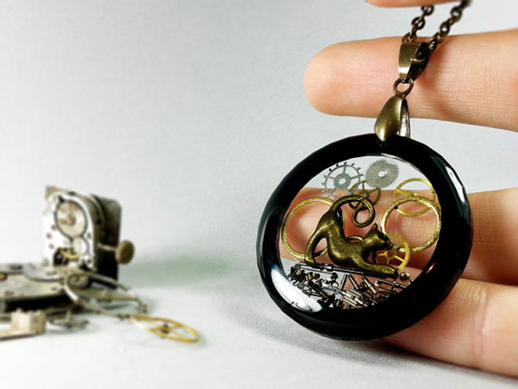 Transparent Resin Black Cat Steampunk Pendant