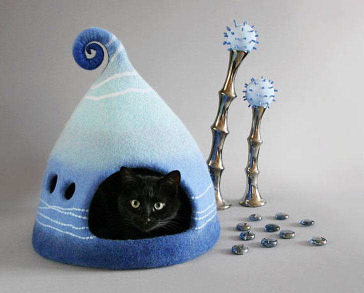 Turquoise Felt Fantasy Cat Cave