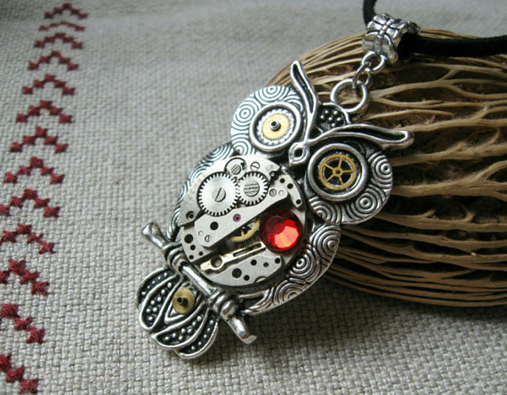 Watch Parts Steampunk Owl Pendant