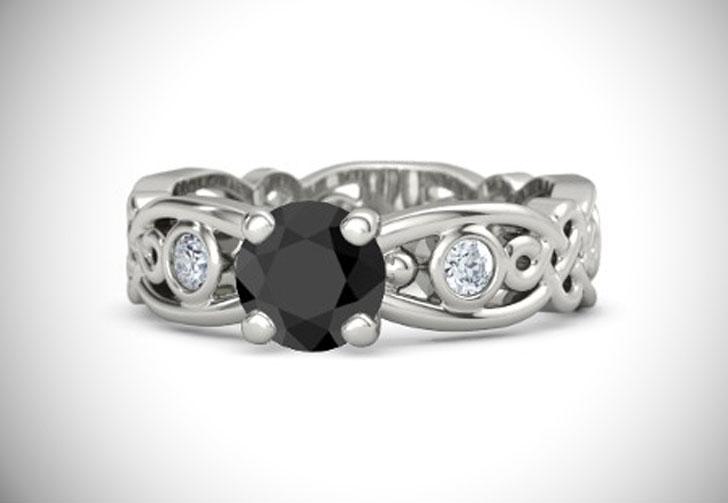 Brilliant Alhambra Solitaire Black Diamond Engagement Ring