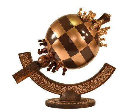 Globe Chess: Spherical Chess Sets