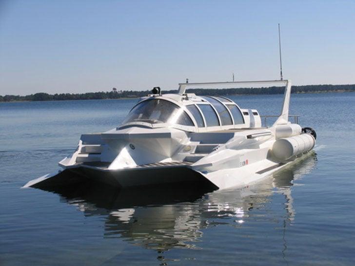 Hyper-Sub Submarine Boat