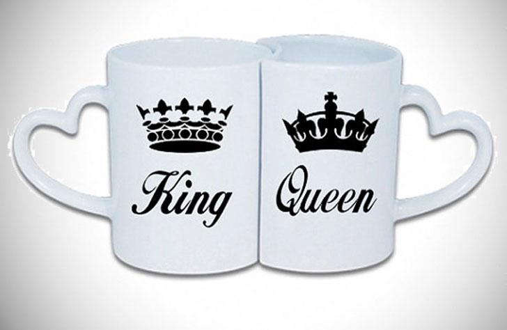 Interlocking King and Queen Heart Handle Couples Mug Set