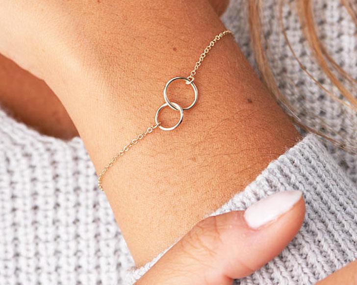 Minimal Circle Friendship Bracelets