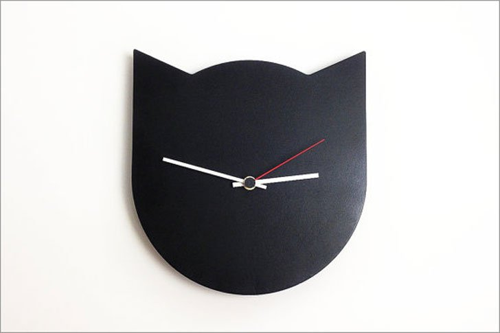 Modern Minimalist Black Cat Clock