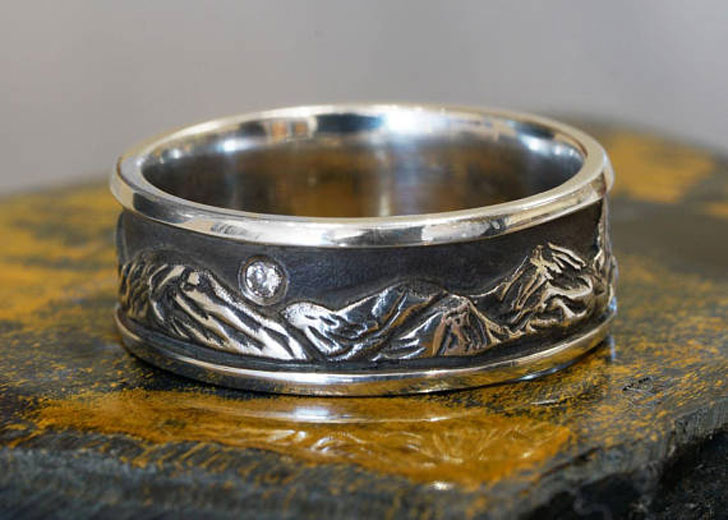 Peaks Silver Mountain Range with Diamond Ring