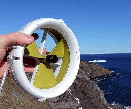 Wind And Water Charging Device