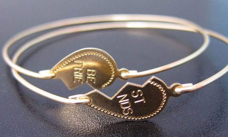 In honor of today's National Best Friends Day, show your best bud some love with the ultimate token of friendship—a bracelet! But your throwback handmade macrame numbers have come a long way.