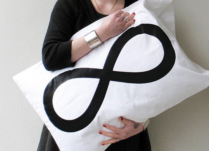 Infinity Pillowcase Set