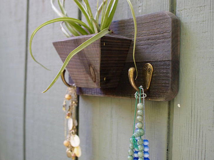 Reclaimed Wood Wall Hanging Planter