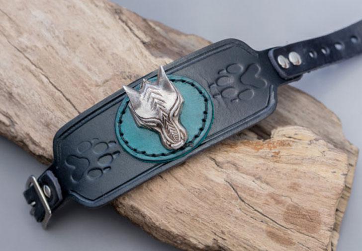 Viking Wolf Bracelet Cuff