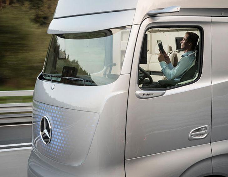 Mercedes Self-Driving Truck